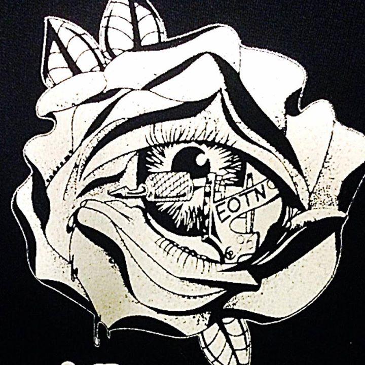 Silver Rhino Tattoo & Piercing Logo