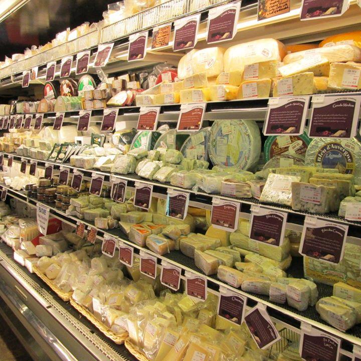 The Bulk Cheese Warehouse Logo